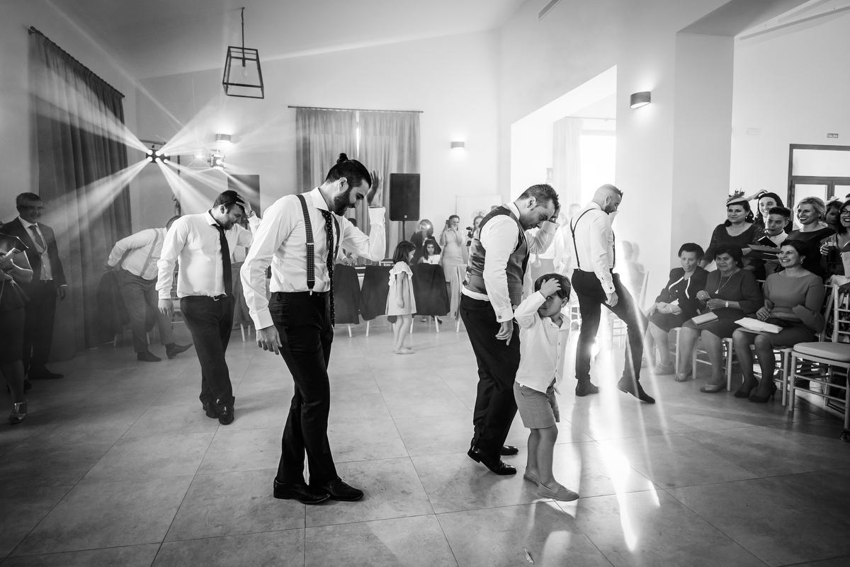 Baile Novio y amigos en Olivar de la Sargenta, Écija (Sevilla - Spain)